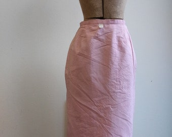 1950s 1960s pink + white gingham pencil skirt