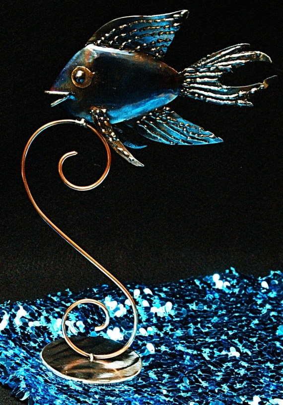 "Angelfish sculpture on stand, 13""hx5""w"