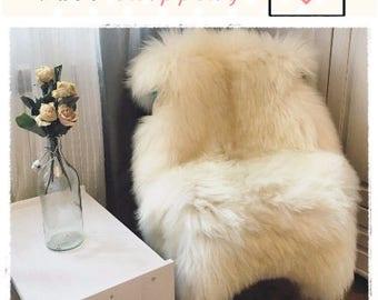 Alfombra de piel marfil brillante muy grande. Alfombra de piel de oveja blanca. Piel zalea natural. Alfombra. Regalo de Navidad. Tiro de genuina piel de oveja.