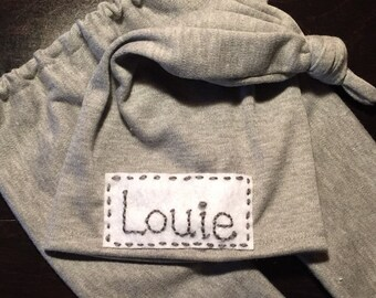 Personalized newborn Baby Top Knot Hat with Name Blue, gray or pink hospital hat