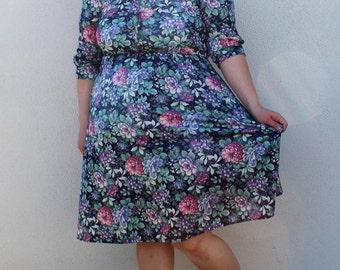 Plus Size - Vintage Navy Floral Shirt Dress (Size 12)