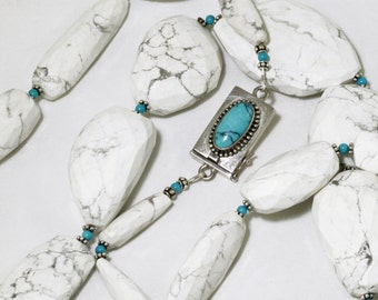 Howlite Nugget Statement Necklace White Howlite Sleeping Beauty Turquoise Necklace Real Turquoise White Resort Necklace Howlite-N-101-