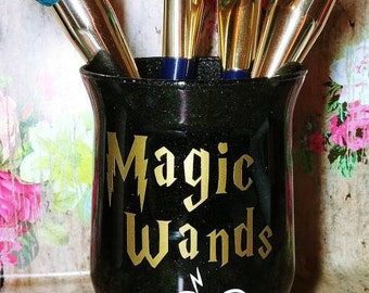 Magic Wands Makeup Brush Holder