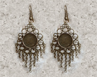 holder 14 mm round cabochon earrings