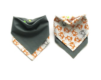 Boys Bandana  Bib  - Reversible Foxes  & Grey- One Size Adjustable Baby Bib with Snaps - Reversible Drool Bib > 100% Cotton