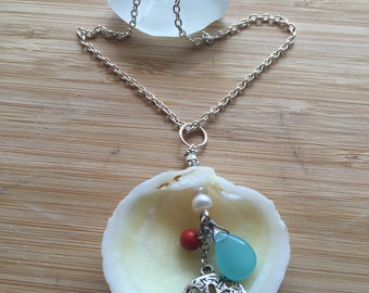 Seashell Pendant, Beach Jewelry, Boho Jewelry