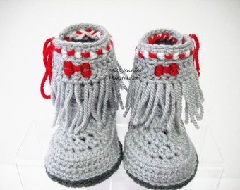 Native American Style Babies Shoes, Babys first boots, Crochet babys booties, Boys Booties, Girls, Booties, Booties 0 - 12 months
