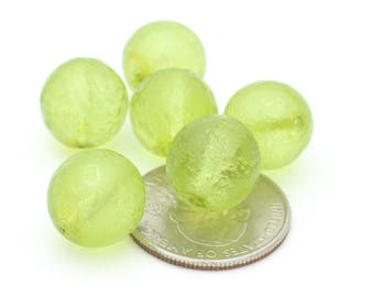 Vintage Round Textured Green Peridot Color Crystal Beads 14mm 4pcs