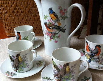 Bird Tea Set - Songbird Mottahedeh Aviary Coffee / Tea / Chocolate Pot with 4 Cup and Saucers