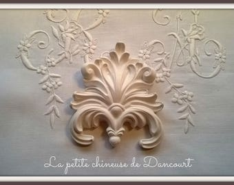Decorative plaster frieze shell
