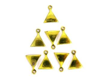 Tiny Vintage Brass Domed Triangle Charms (24x) (V112)