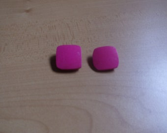 vintage clip on earrings pink lucite