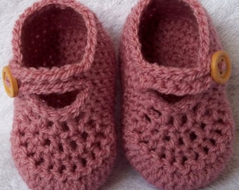 Pink baby girl shoes, crochet baby shoes, newborn baby shower gift, handmade baby booties, knitted baby shoes, CHOOSE COLOUR and SIZE