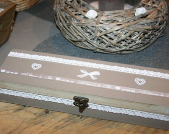 wooden hearts and lace tea box