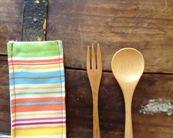 Kid's zero waste lunch utensils. For school lunches, trips, and picnics....or leave in purse or car for impromptu eating out.