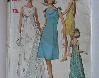 Vintage Plus Size low back dress sewing pattern B36 Simplicity 7085 C1967
