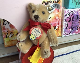 Vintage Steiff Miniature Teddy Bear, Boy Bear from the Goldilocks and the Three Bears Collection, 0173/14, Original Tags