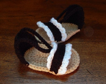 Scalloped Baby Sandals, Baby Booties, Beach Sandals : Newborn-3 Months, 3-6 Months, 6-12 Months, 12-18 Months