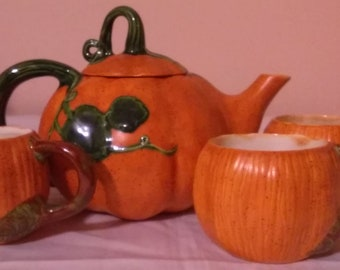 Orange and Green Pumpkin and Leaf Vine Teapot With Three Pumpkin Cups