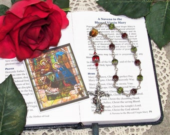 Unbreakable Catholic One-Decade Christmas Rosary - Heirloom Cathedral Crystal Rosary - Poinsettia  Rosary