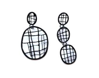drop net post earrings in glossy black, asymmetric modern style, one of a kind oval dangle statement earrings made in Limoilou, Quebec