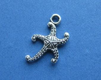 10 Starfish Charms - Starfish Pendants - Ocean Charm - Beach Charm - Silver Tone - 19mm x 11mm -- (M4-10283)