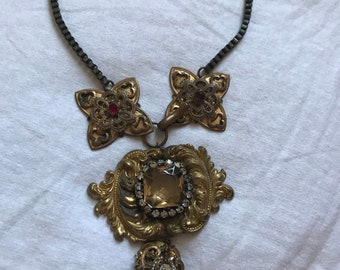 Amazing Victorian inspired handmade vintage necklace