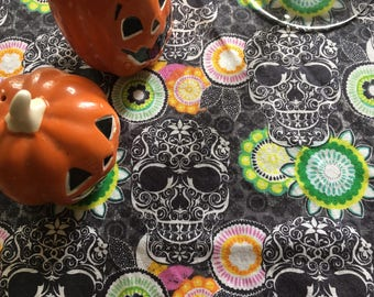"Skulls & Flowers Table Cloth (50""x40 1/2"")"