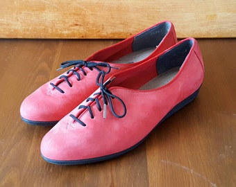 Vintage Red Leather Suede Lace Up Oxford Shoes Sneakers Women 6.5- 7M Easy Spirit Epsteam