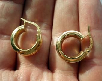 18k Solid Gold Circle Earrings - Italian - Solid Gold