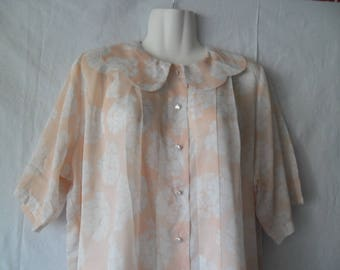 Vintage Semi Sheer Floral Print Summer Short Sleeves Blouse Buttons Front Soft Pink  Colour with Collar 80s Size 42