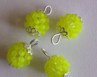 4 pendants seed beads (2.5 mm) frosted neon yellow