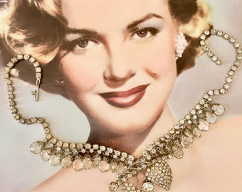Gorgeous 1950's Hollywood Regency Style Rhinestone Necklace