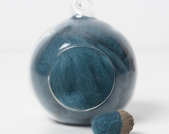 Merino Felting Wool- Wool Roving-Wool Tops -Colour Aqua 09 -10grams