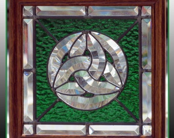 Circular Celtic Trinity Knot