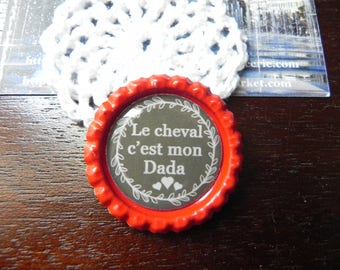 """Red magnet """"The horse it is my hobby"""" cabochon resin 25 mm"""