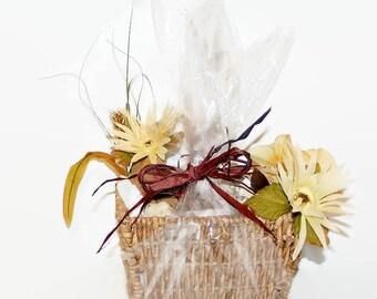 Spa Gift Basket, Spa Gift Set, Moisturizing Soap, Gift Soap, Homemade Soap, Bath Set, 8 Piece Spa Set, Spa Set, CONTEMPORARY BASKET