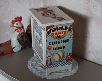 Egg spirit box retro vintage