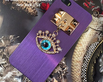 Beautiful and Stunning Sparkle Crystal Blue Evil Magic Eye Pyramid Studded Chain Back Cover Metal Case iPhone 5S Gold Black Silver Purple
