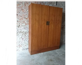 Large Shoe cabinet 50/60 years