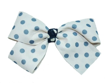 Hair bow with polka dots - powder pink
