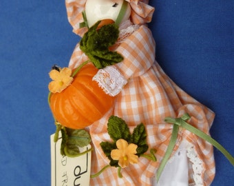 Adorable Ceramic Duck with Pumpkin New with Tags!