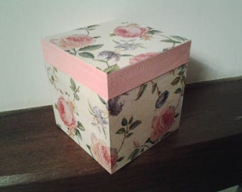 All box. Unique #Modèle roses.
