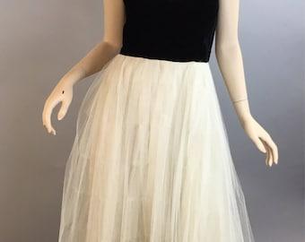 Vintage 50s Dress // Velvet and Crinoline Dress// mad men dress (F1)