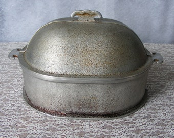 Vintage Guardian Service Hammered Aluminum Chicken Roaster Oval Cooker with High Dome Lid 10 x 12 Roasting Pan – 9901