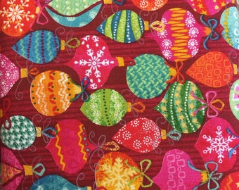 Makeower 1229 Yule Baubles 100% Cotton Fabric by the Half Metre