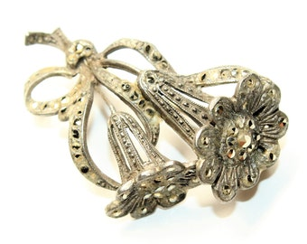 Sparkly Marcasite Silver Coloured Tied Flowers Bunch Vintage Brooch (c1940s)