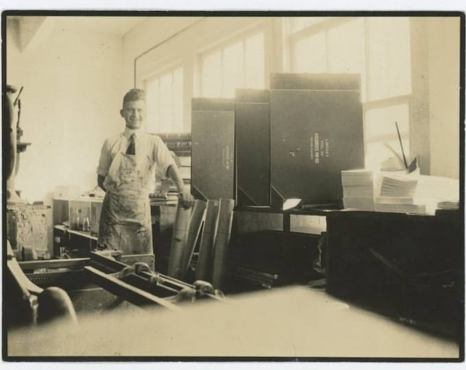 Offset Print Shop/Bindery: Lindsay, Tulare Co CA Assessments 1918-21 Vintage Snapshot Photo (612527)