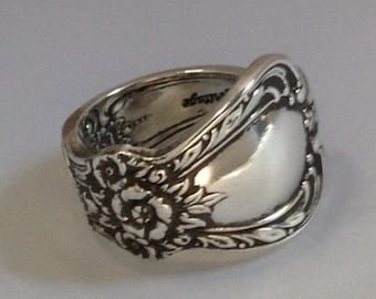Spoon Ring, Heritage 1953, Size 6 to 12, Choose Your Size, Vintage Silverplate, Vintage Ring, Silverware Jewelry