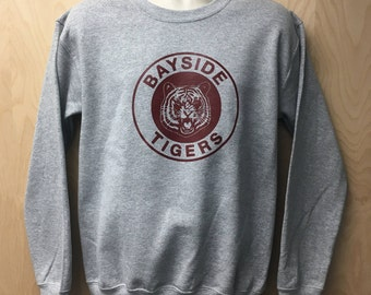 Bayside Tigers Logo Sweatshirt TV Show Zack Morris AC Slater Kelly Kapowski Halloween Costume Crew Neck Sweater Jumper 80s 90s Gift Idea